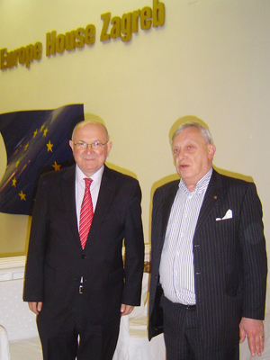 (l-r) Mate Granic (former Minister of Foreign Affairs) & Christian D. de Foulay (AALEP) at the Croatian Lobbyist Conference 2014